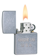 zippo-classic-made-in-usa-street-chrome